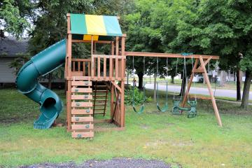 Deluxe kids playgrounds