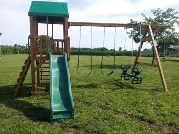Swingset with slide